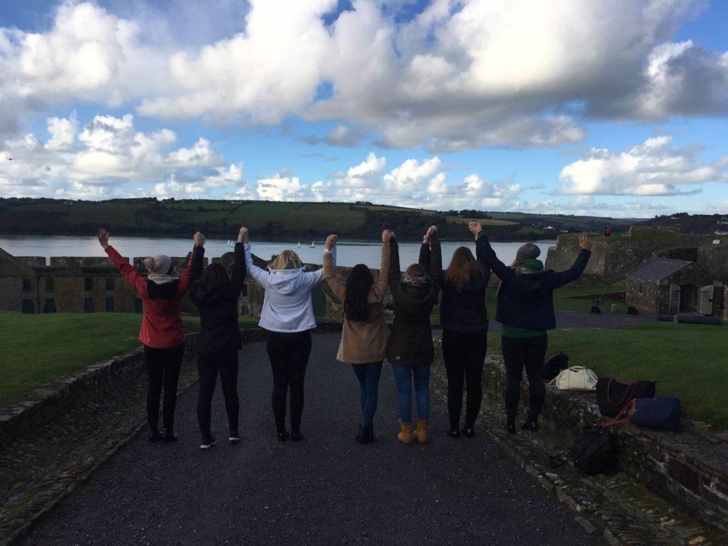 teilnehmer eines auslandspraktikums in irland